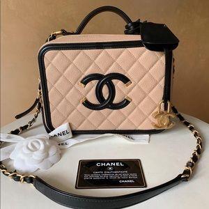 Chanel CC Filigree Vanity Case,NO OFFERS❌